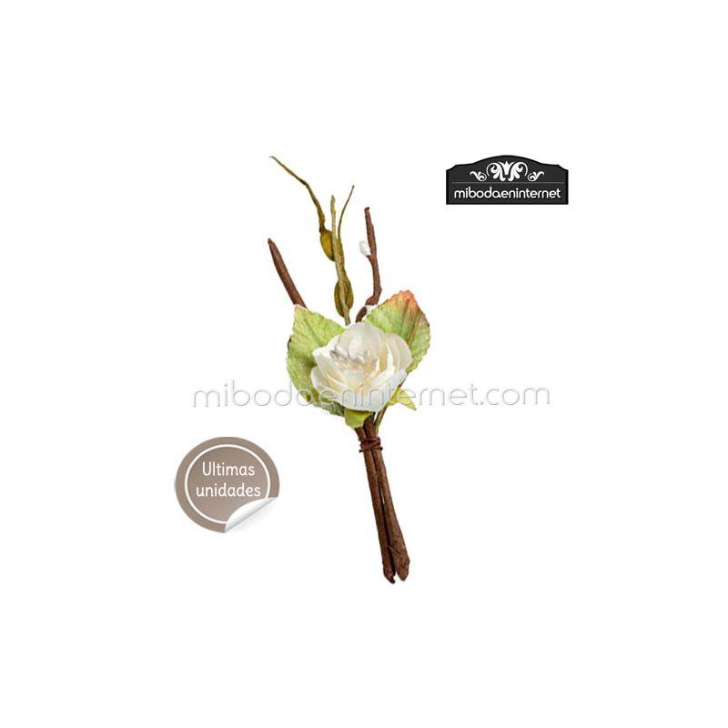 Ramillete de Flor Blanca del Bosque 14 cms
