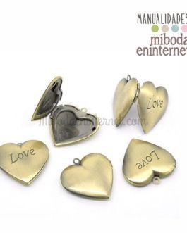 Camafeo colgante guardapelo corazón LOVE dorado lamé