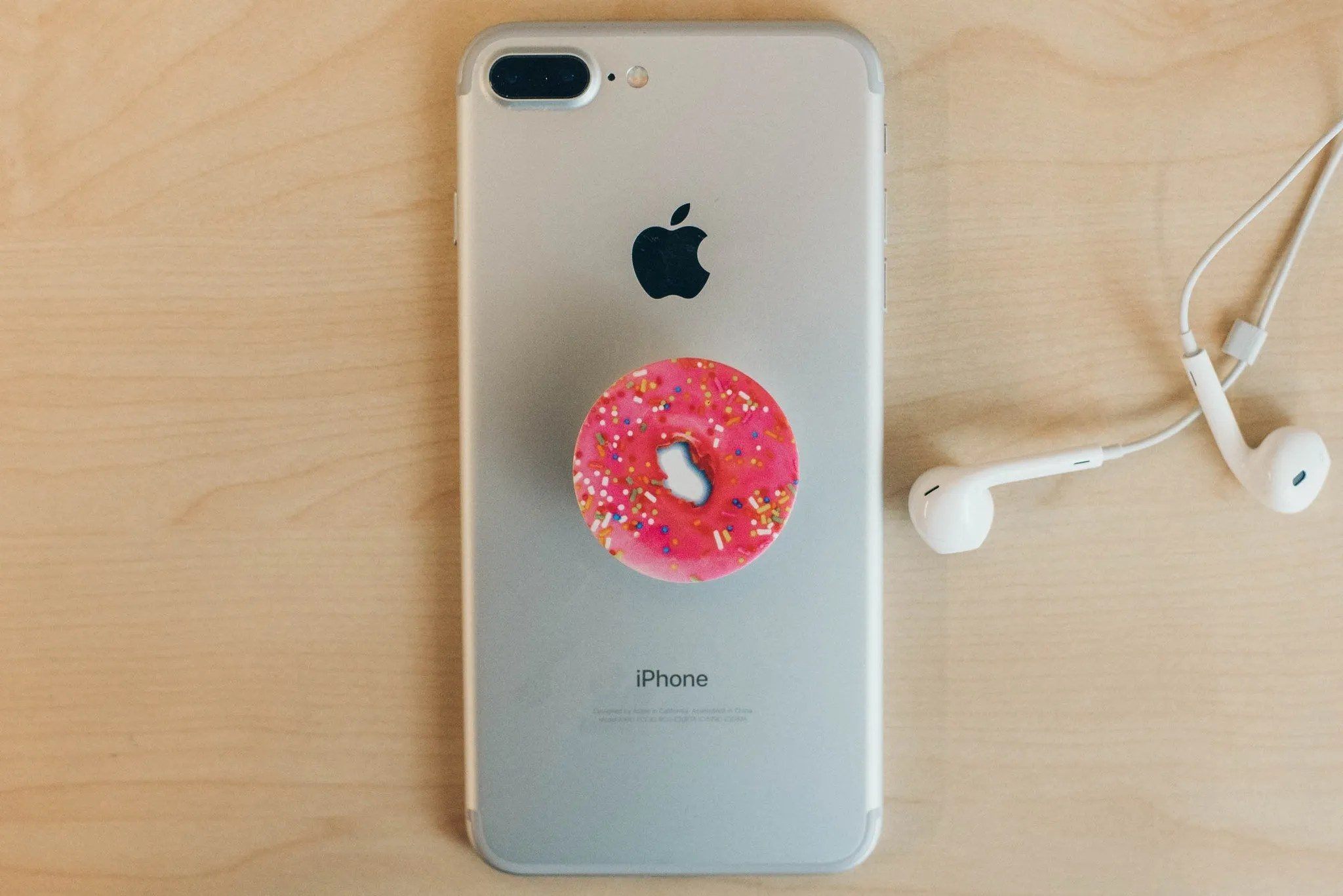 check out e0f44 366ec PopSocket: Get a Grip On Your Phone (review) - deTeched