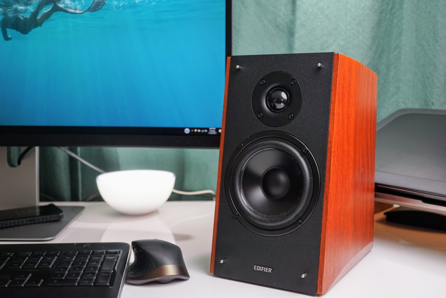 Edifier R2000DB Powered Bluetooth Bookshelf Speakers True Stereo Sound Thats Worth Every Penny Review