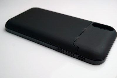 This battery case can get you two full days of battery power on your iPhone X and it's just $30 (review)