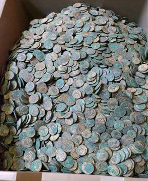 Metal detectorist finds 22,000 Roman coins