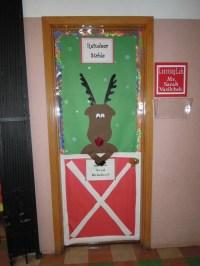 christmas door decoration for school | www.indiepedia.org