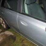 Paso a paso para tapar un rayón en la chapa de tu auto