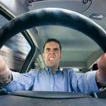 Consejos para eliminar ruidos molestos del vehículo
