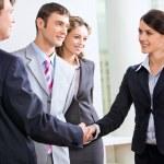 5 tips de Relaciones Públicas para hacer nuevos contactos