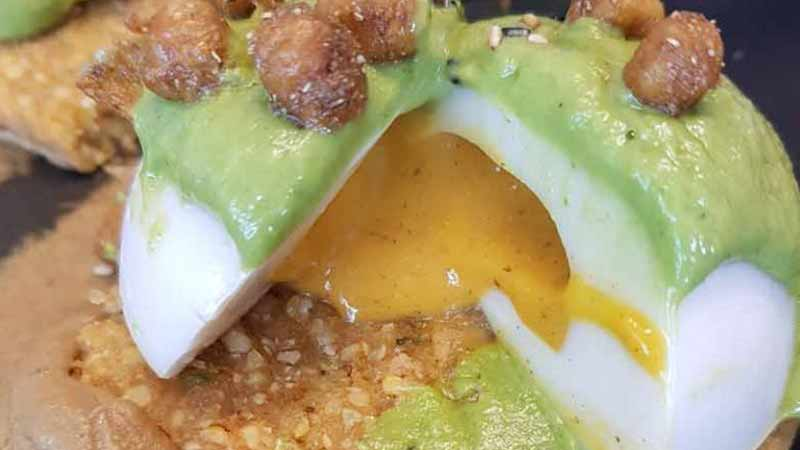 www.DetoxAndCure.com - How Collagen in Seaweed Revealed the Perfect Vegan Poached Eggs