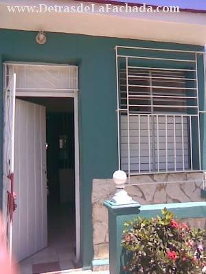 Venta de Casa en  Camaguey Cuba  Detras de la Fachadacom  Calle 3era Reparto Varonia  9 entre 1 ra de Ramirez y Carretera de Vertiente