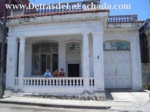 Venta de Casa en El Cerro La Habana Cuba  Detras de la
