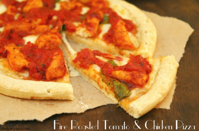 Fire-Roasted-Tomato-Skillet-Sauce-Pizza
