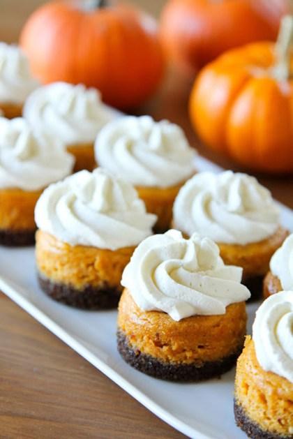Mini-Pumpkin-Cheesecakes