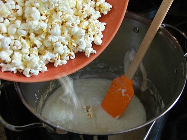 Popcorn Crunch Recipe Instructions