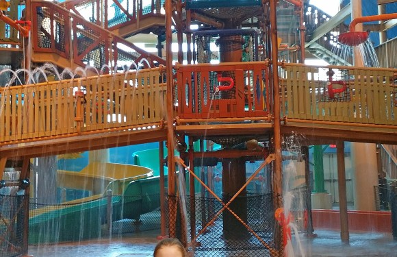 Castaway Bay Indoor Waterpark Review