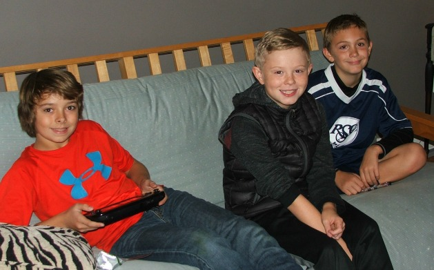 Wii U Friends with smiles