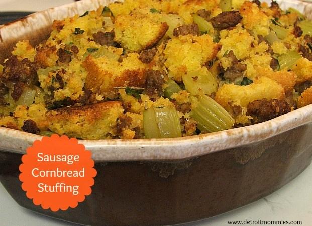 Sausage Cornbread Stuffing #SavorTheSeason