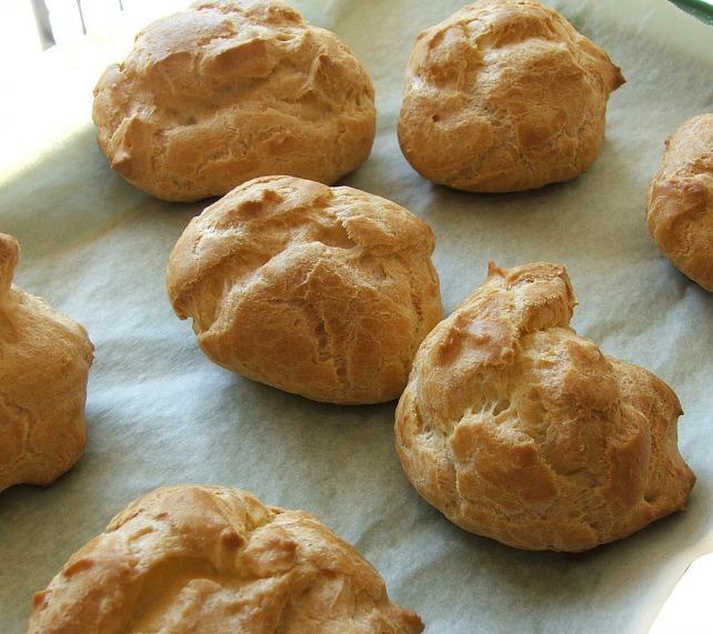 Cream Puffs fFreshly Baked