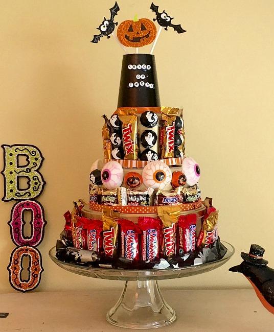halloween-candy-cake-yum
