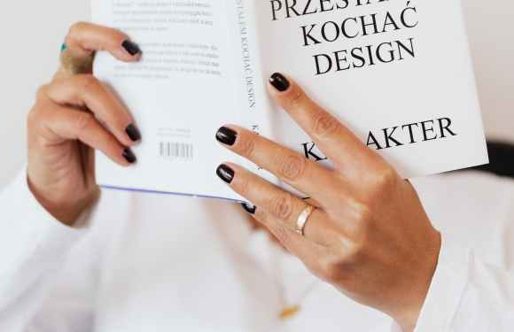 Get the New York Fashion Week Manicure