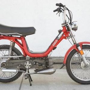 1979 Red Vespa Piaggio Grande (SOLD)
