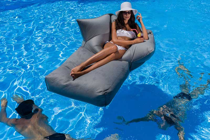 chaise lounge galleggiante