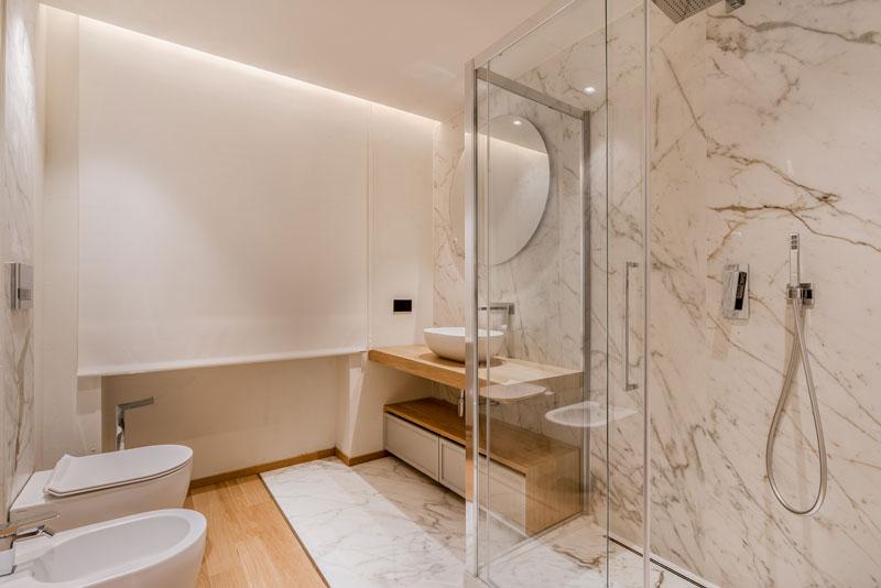 bagno con doccia Hotel Miramonti di Forte dei Marmi