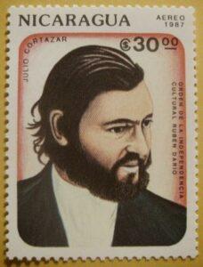 Julio Cortazar auf Briefmarke aus Nicaragua