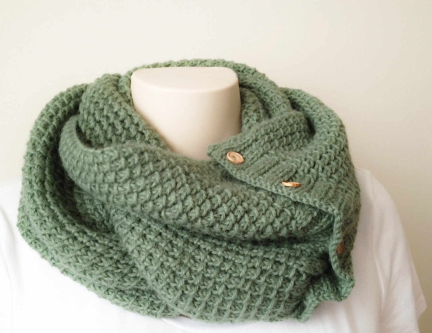 Textured Knitting : New knitting pattern textured cowl or scarf