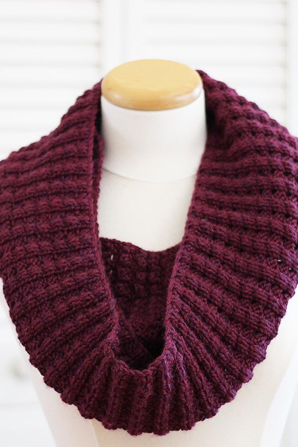 Knitting Pattern Scarf: Infinity Puffy Scarf