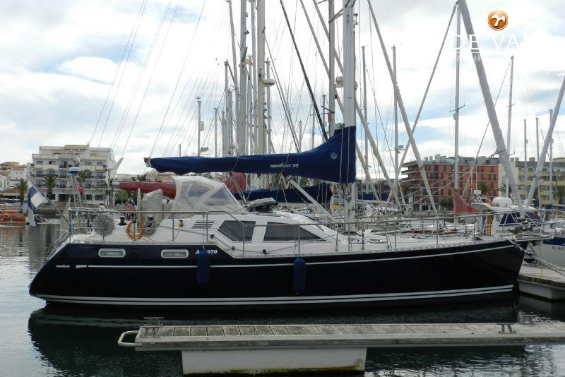 NAUTICAT 37 DS Sailing Yacht For Sale De Valk Yacht Broker