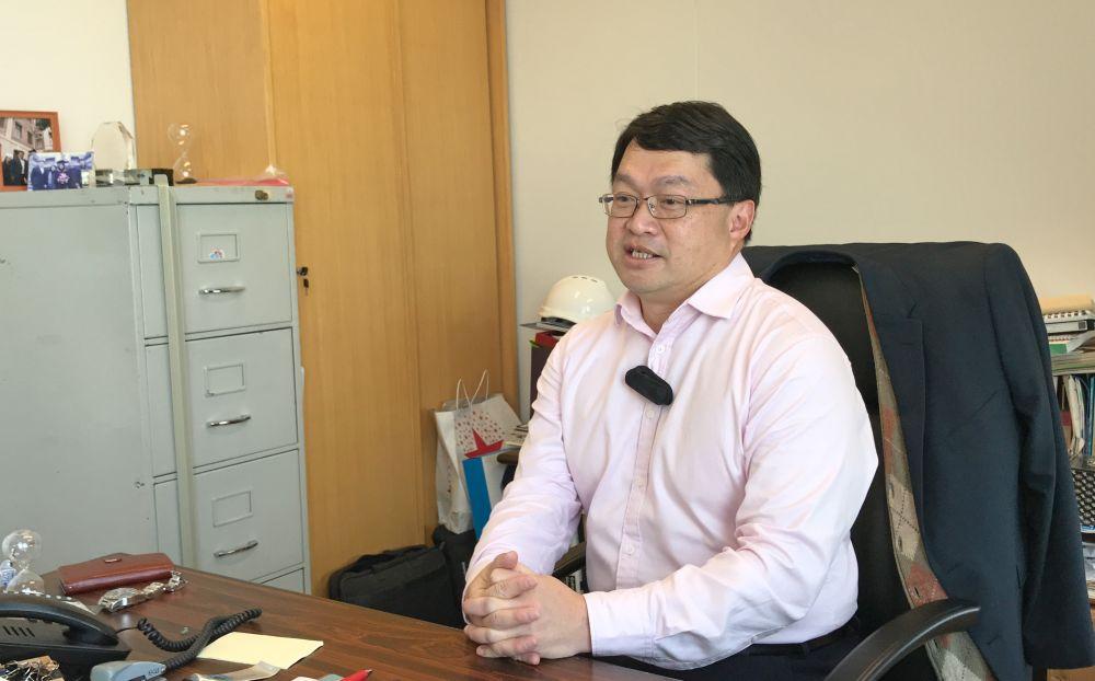 發展局首席政府工程師鄺家陞說。主要項目精英學院去年7月成立。以培訓公職人員在推展工務工程方面的領導 ...