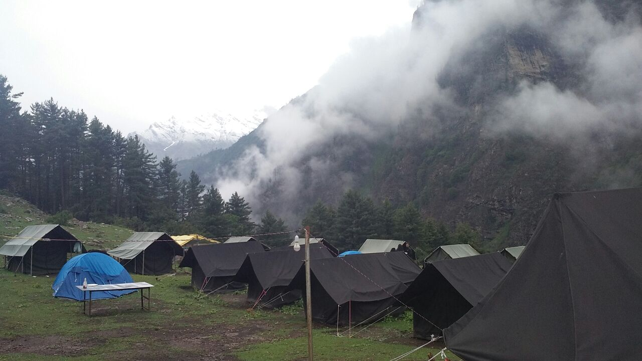 Kheerganga Camping