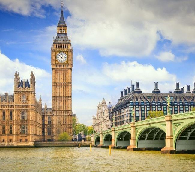 A photograph of London with big ben and parliament in view
