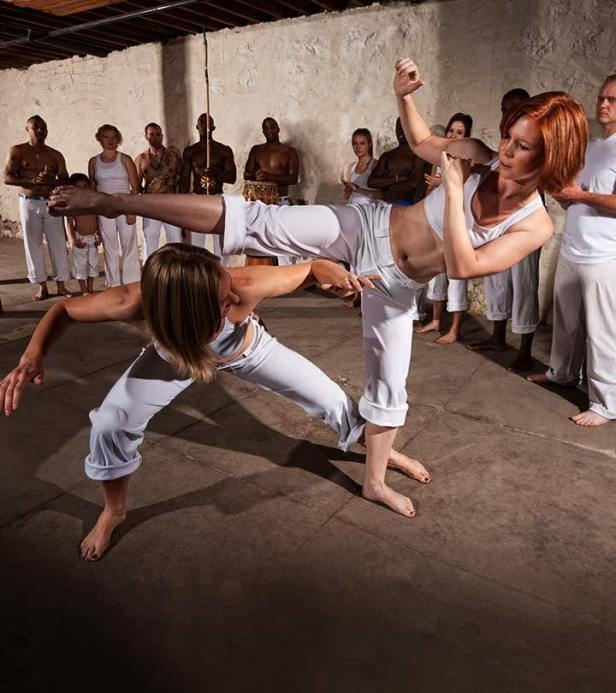 Click here to learn how to do the Capoeira as an exercise to reduce belly fat in 1 week. Choose the best exercise to reduce belly fat for female at home. #fitness #healthyliving #workouts #exercise #fitnessgoals #weightloss #healthyhabits