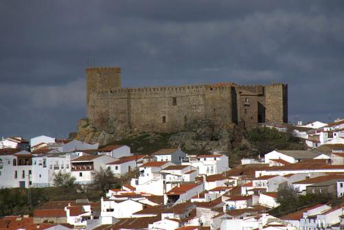 Castillo de Segura de León