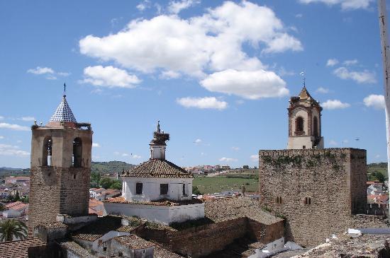 santa_maria_del_naranco_interior_oviedo_t3300929.jpg_1306973099