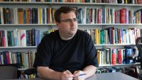 Why LinkedIn Founder Reid Hoffman Is teaching a brand new category At Stanford