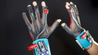 These Students Built A Glove That Translates Sign Language Into English
