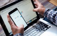 Google Focuses On Mobile-First Indexing, Adds News Fact-Check Tag