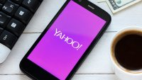 Report: Verizon using Yahoo hacking to ask for $1 billion price concession