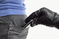 iPhone muggers turn to phishing to access the device