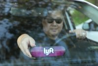Lyft driver's lawsuit accuses Uber of privacy violations