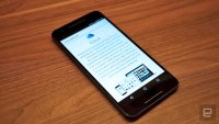 Apple doesn't always expunge deleted notes older than 30 days