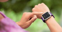 Fitbit looks to health industry for future growth