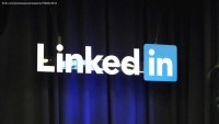 LinkedIn starts letting people natively upload videos that play automatically