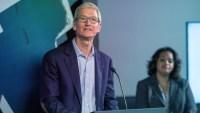 WATCH: Tim Cook talks data privacy, gun control, Steve Jobs in Duke commencement address