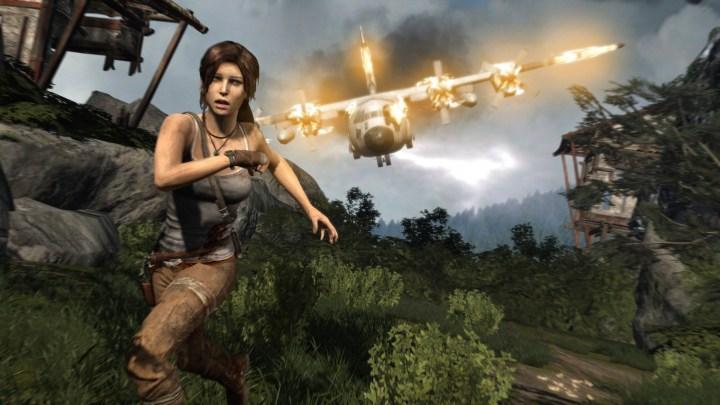 tomb raider: lara croft in fuga da un aereo