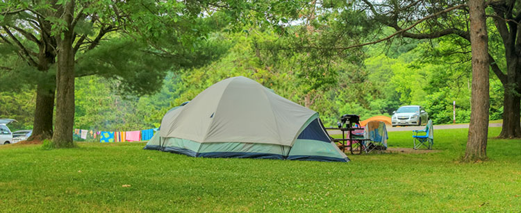 0708939c Camping At Devil's Lake State Park - Devil's Lake State Park Area ...