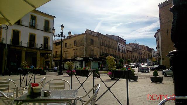 Plaza de España, Baeza. Fuente: Devinos con Alicia