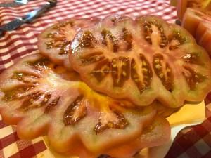 Tomate rosa Monterosa. Copyright: devinosconalicia.com