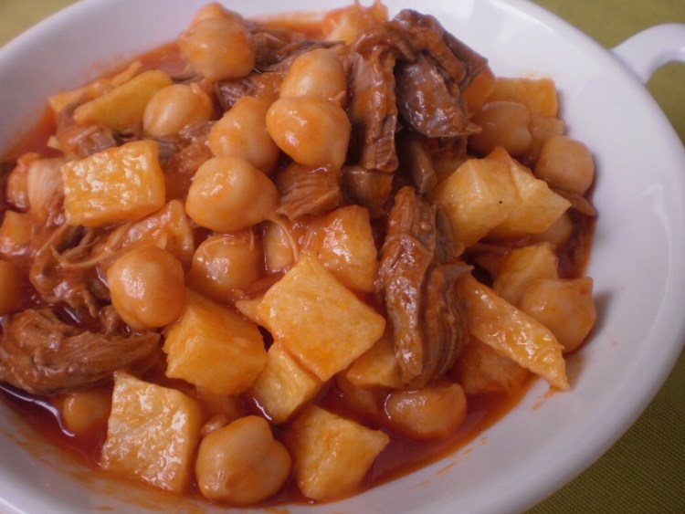 Tradicional receta de 'Ropa Vieja'. Copyright: Mi cocina Carmen Rosa